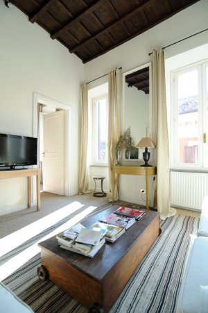 Trevi apartment, Rome  – Via di San Vincenzo