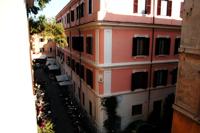 Buy a flat in Trastevere, Rome - apartments for sale