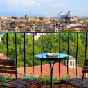 Rome > Sant'Onofrio terrace apartment: Up to 2+2 people