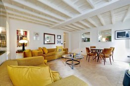 Stylish Apartment in Monti | Romeloft Featured Homes
