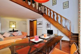 Pantheon studio apartment Rome - Spanish steps accommodation