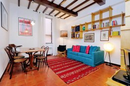 Campo de Fiori cheap studio apartment - Rome Center