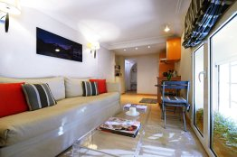 Fontanella Borghese apartment: Up to 2+1 people