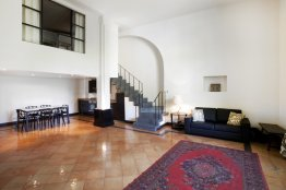 Spanish Steps loft: Up to 6+2 people