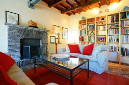 Navona terrace apartment: Up to 5 people