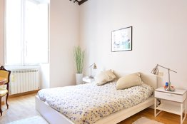 Trevi fountain apartment - Rome city center