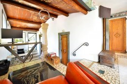 Testaccio apartment for rent with Terrace