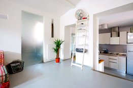 Modern loft in Trastevere for rent