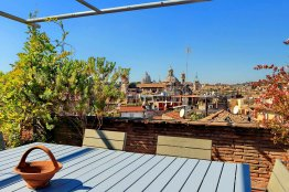 Ático espacioso en Campo de Fiori: Hasta 6+2 personas