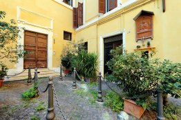 Rome Pantheon Apartment - Up to 2 people | Pantheon area