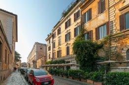 Trastevere charming studio Up to 2 + 1 people