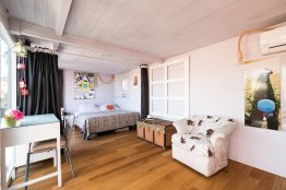 Tiber Romantic Attic: Up to 2 people