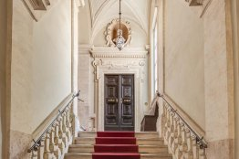 Piazza Mattei Historic Residence: Up to 12 people