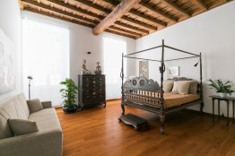 Monti Colosseum house apartment: Up to 4+2 people