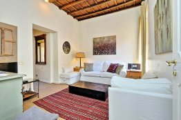 Apartamento de lujo con terraza en Fuente de Trevi: Hasta 2+2 personas