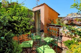 Trevi Terrace Apartment - Rome Apartment Rental - 4 people