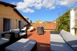 Campo de Fiori luxury apartment with Terrace - Sleeps 4 people