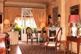 Spanish Steps Luxury Apartment for rent
