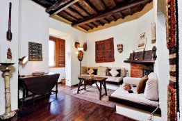 Trastevere apartment for rent with terrace and view