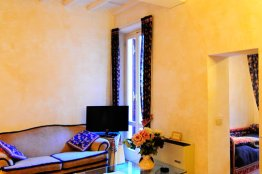 Spanish Steps apartment for rent, Rome - 2 bedroom