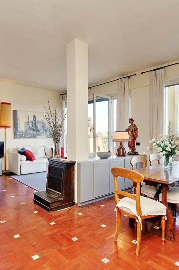 Sant'Onofrio terrace apartment: Up to 2+2 people