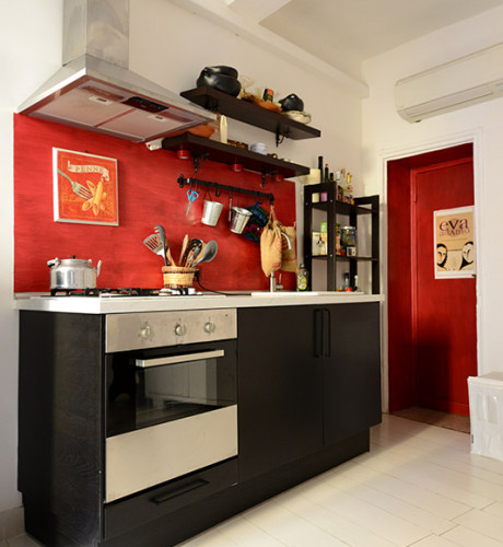 Monti studio apartment: Up to 2 people