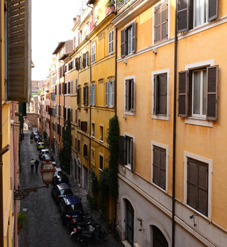 Affordable Studio Apartments: Affordable Rome Studio Apartment