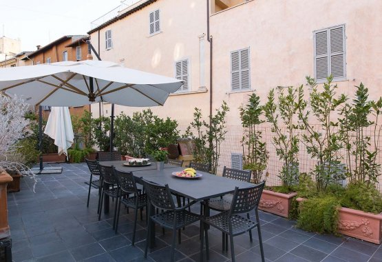 Large Group Rome Accommodation: Pantheon Terrace Mansion | Up to 12