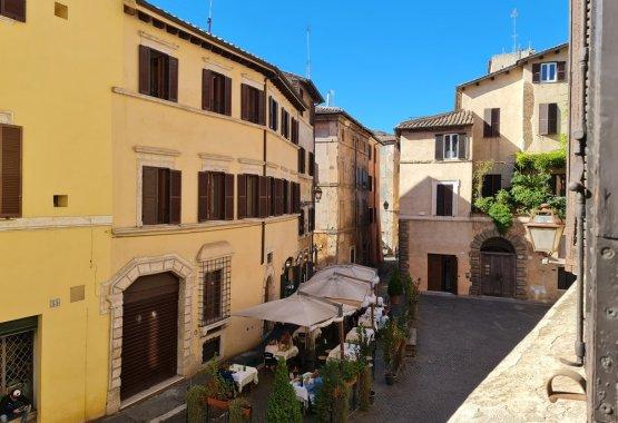 Romeloft apartment - Portico D'Ottavia Rome Jewish Ghetto Rentals