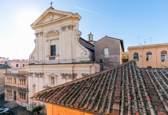 Trastevere apartment for rent in Rome with terrace
