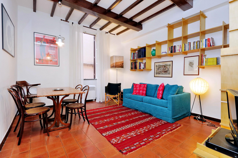 Campo De Fiori Cheap Studio Apartment Rome Center