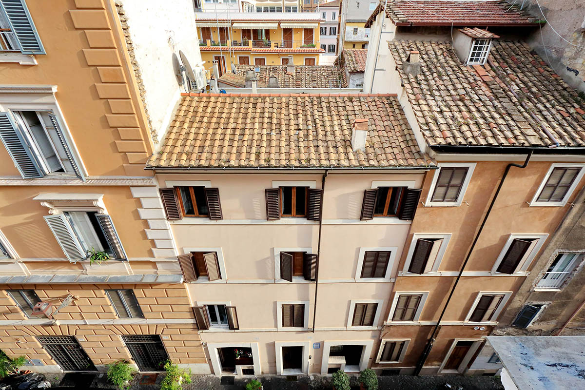 Monti bright apartment | Rome | RomeLoft Properties
