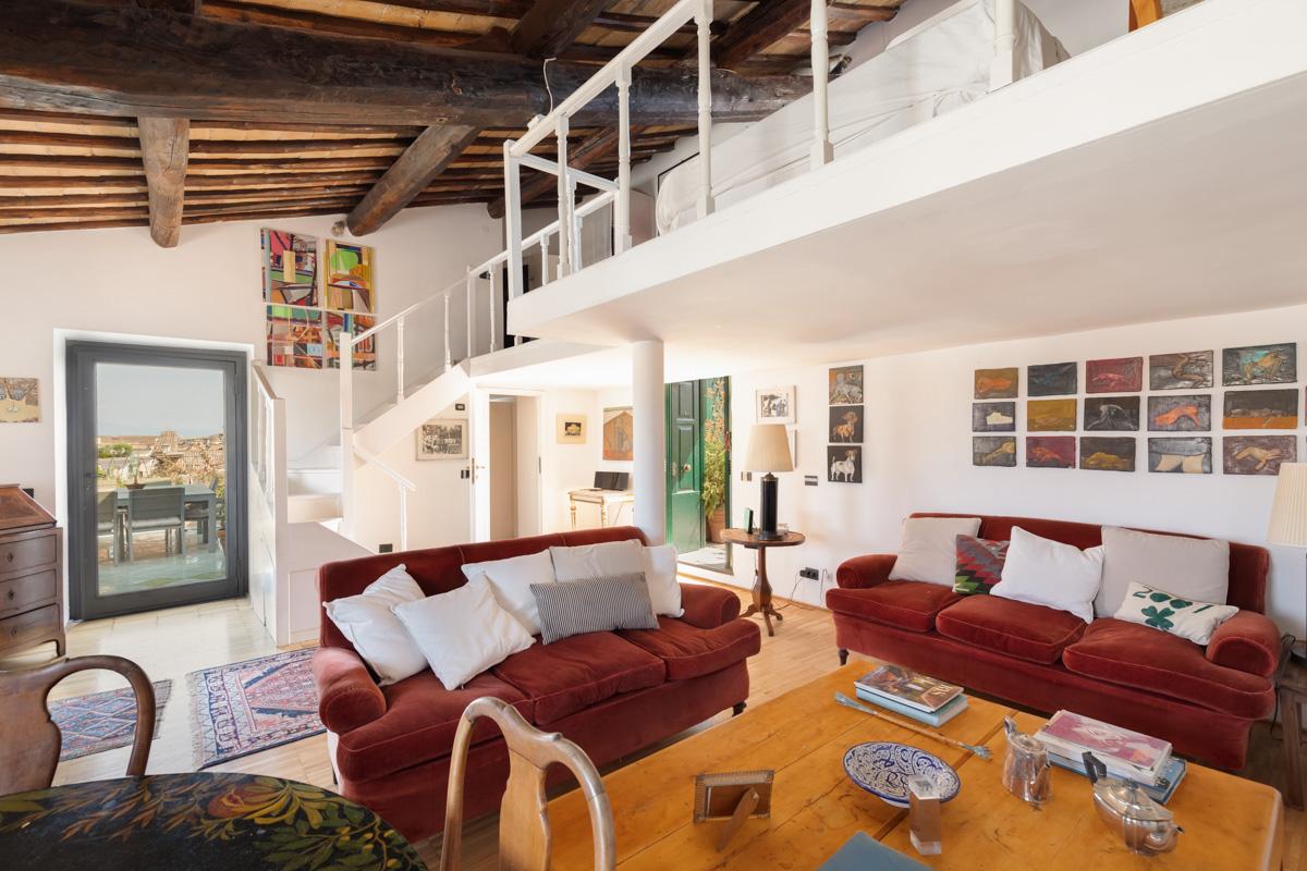 Campo De Fiori Luxury Apartment | Rome | Up to 2 people