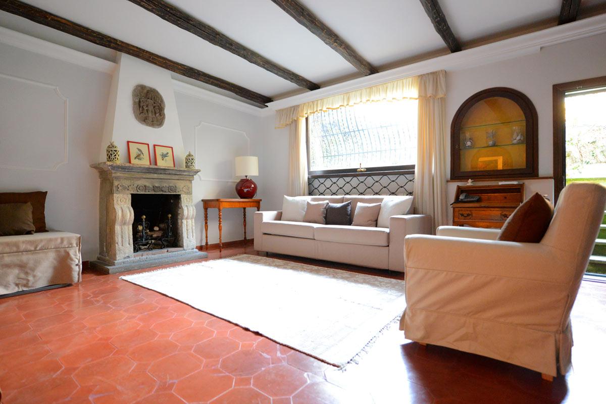 Piso Con Terraza En Alquiler En Roma