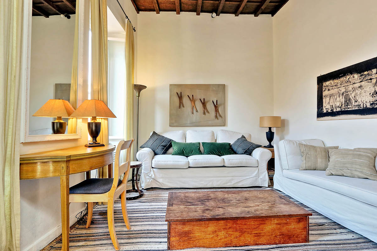 Stylish trevi apartment photo