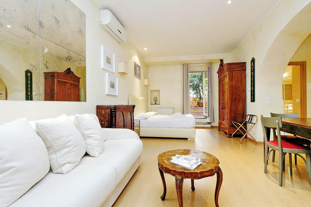 Excellent Rome Studio Apartment Campo De Fiori Area Frankydiablos Diy Chair Ideas Frankydiabloscom