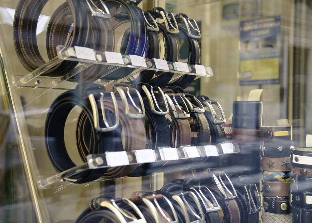 Leather belts in the shopping window