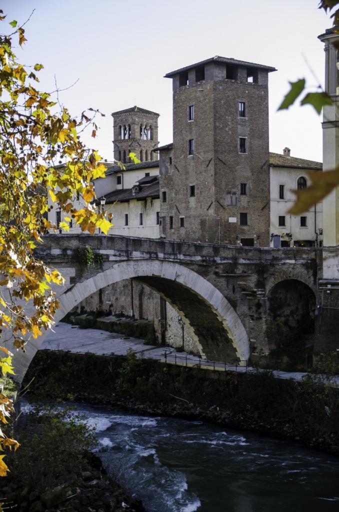 Fabricius Bridge over Tiber river