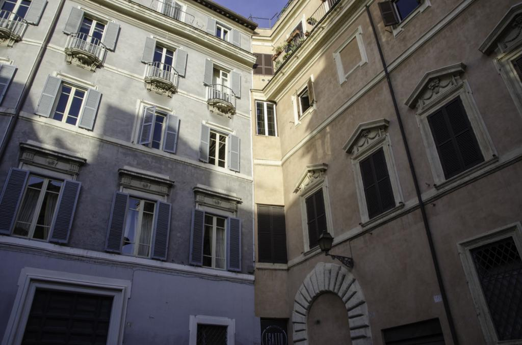 Houses and Palaces of the former Jewish Ghetto