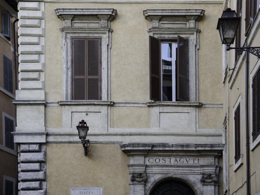 Palazzo Constaguti Architectural Detail