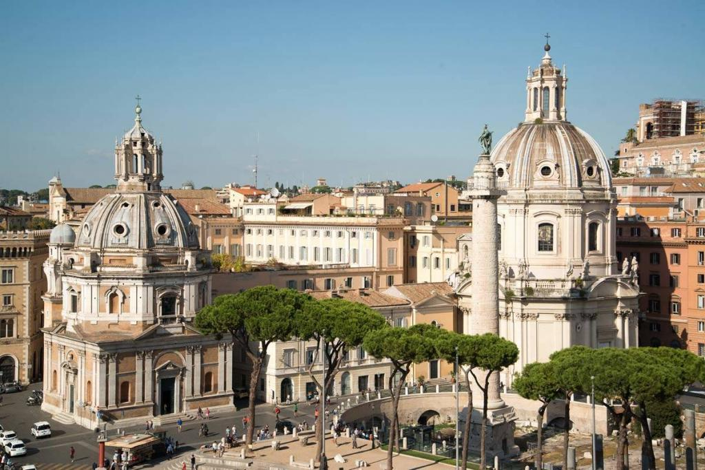cinematic journey through rome