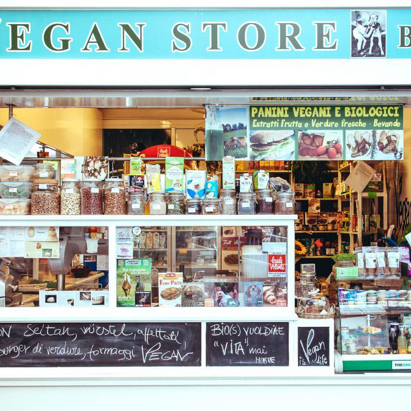 vegan-store-market-rome